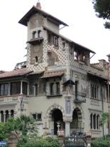 Villino delle fate in the Coppedè district